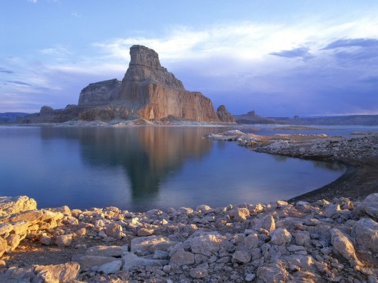 sunrise_on_gunsight_butte__padre_bay__arizona